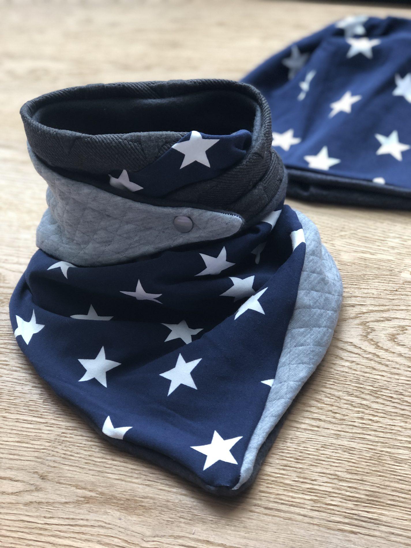 Sterne dunkelblau